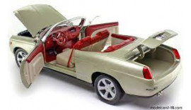 Машина 1:18 Motormax 2002 Chevy Bel Air Concept Cabrio Rarität 8+