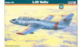 Літак L-29 Delfin 1/72 MisterCraft D221