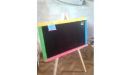 Дошка для малювання на тринозі немагнітна кольорова 70см* 43см*110см одностороння -крейдова Дерево